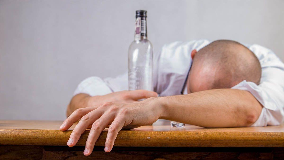 alkoholiker betrunken