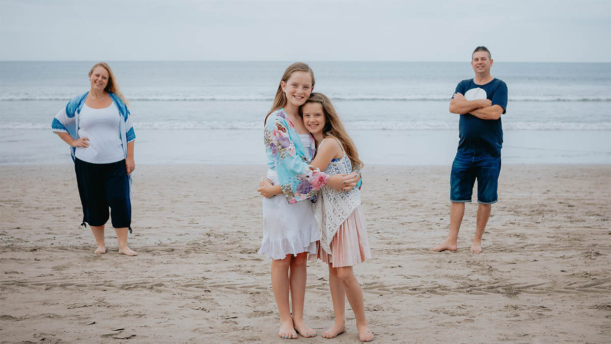 familienstellen-familie-am-strand