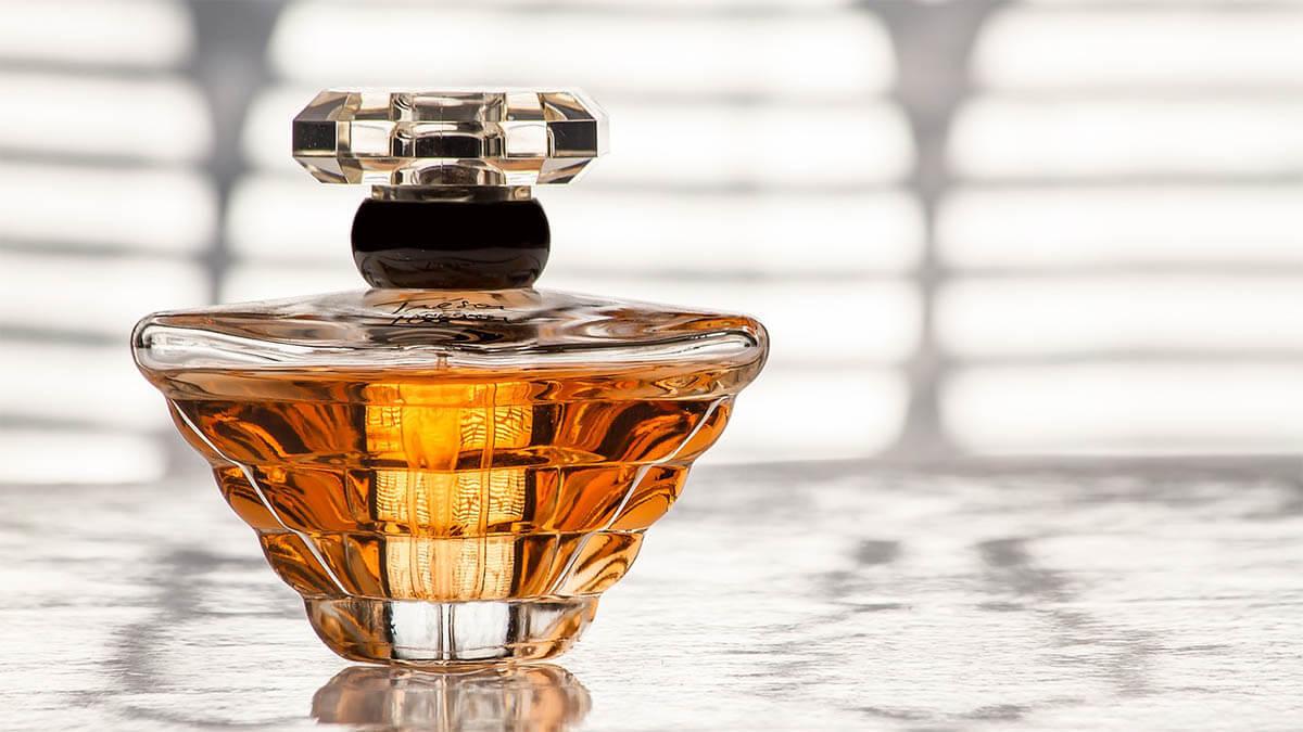 herrenparfum an