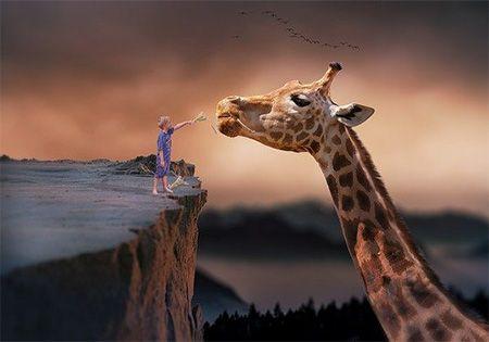 kind mit giraffe