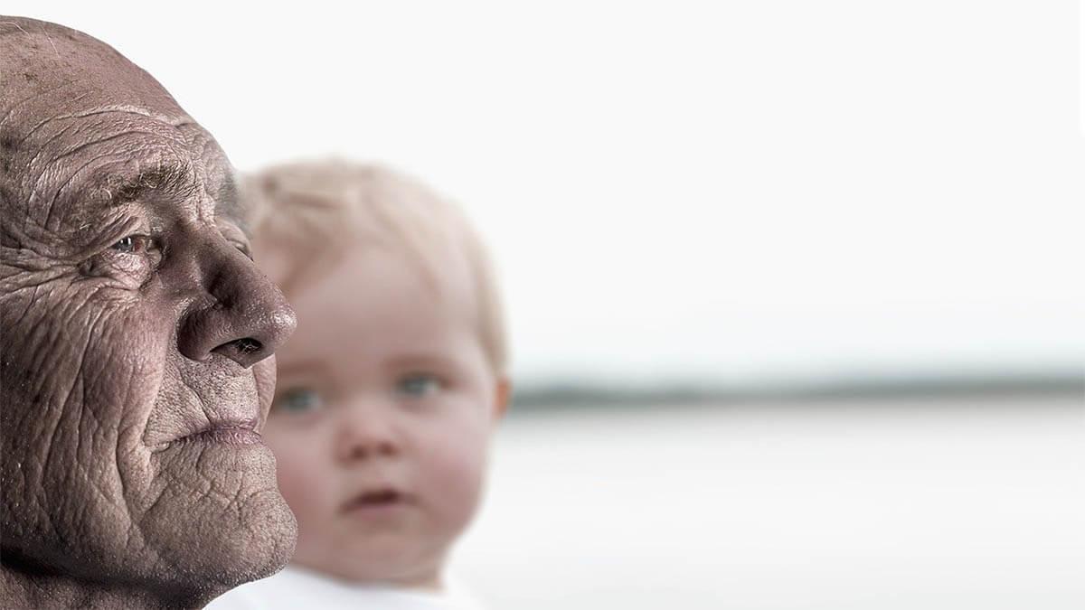 kind-opa-nachdenklich