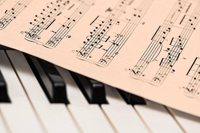 klavier notenblatt klein