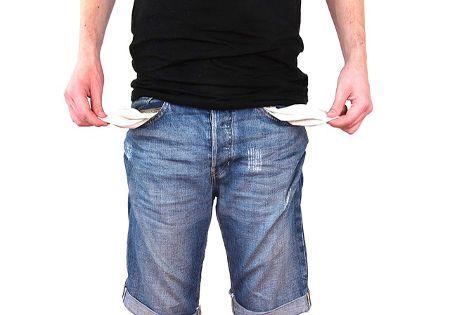mann hosentaschen aussen kein geld