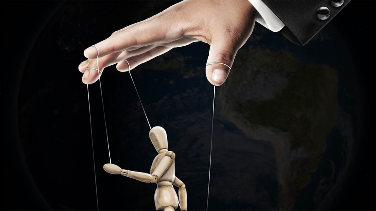marionette-manipulation