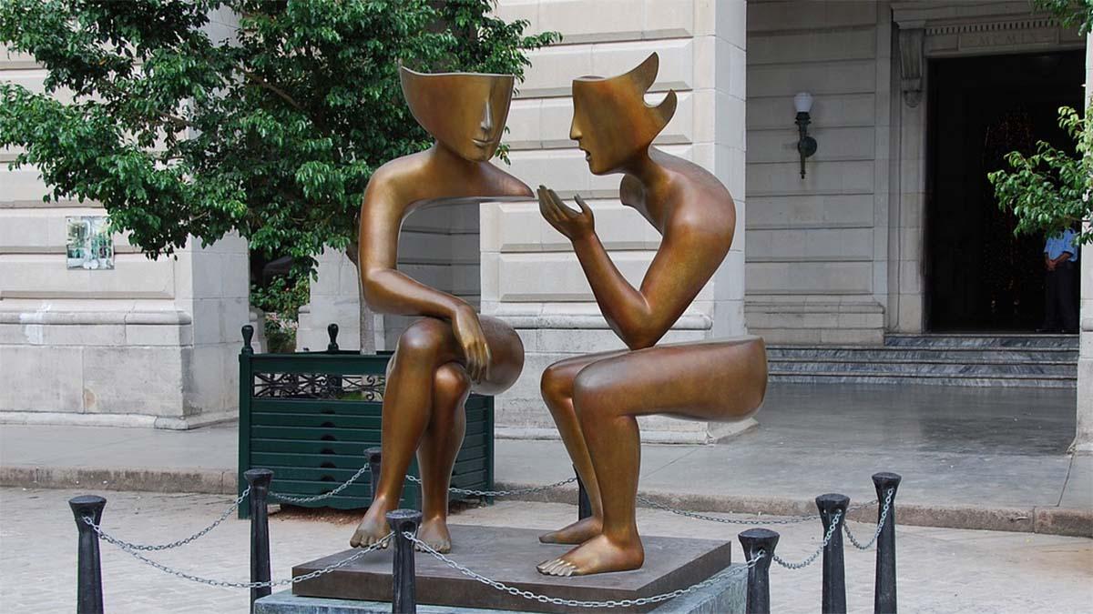 statue kommunikation