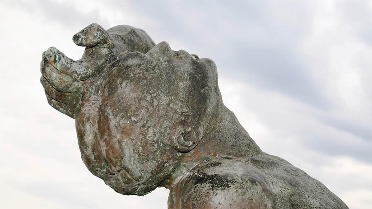 statue-kopfschmerzen
