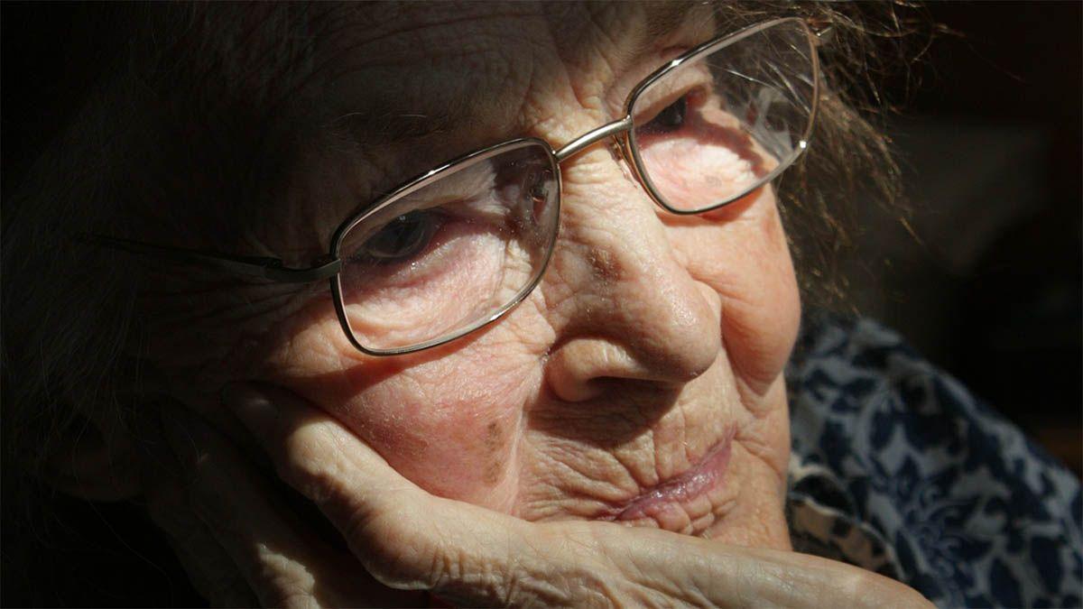 demenz-alte-frau