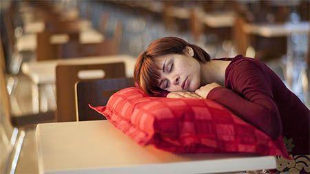 frau-schlafprobleme