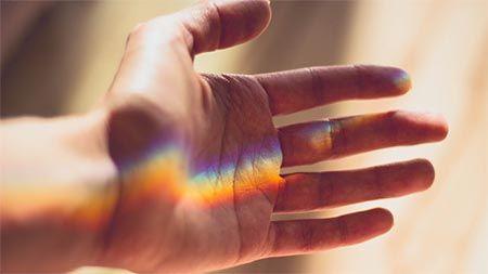 hand-regenbogen