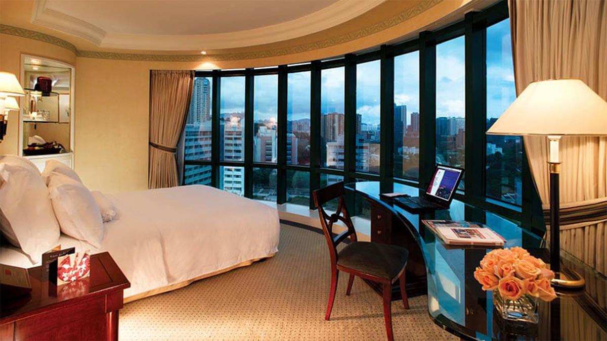 hotelzimmer weiter ausblick