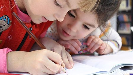 kinder-schreiben