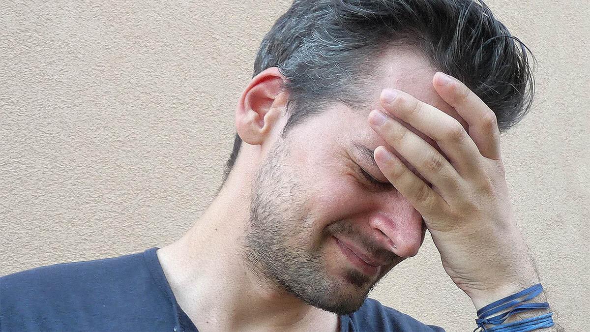mann-migraene-kopfschmerzen