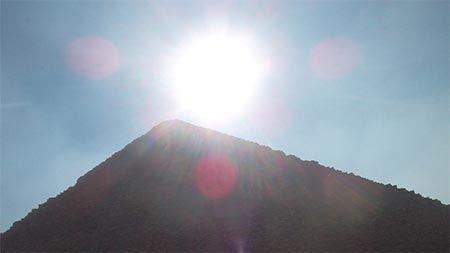 pyramide-lichtstrahlen