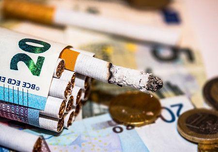 rauchen geld