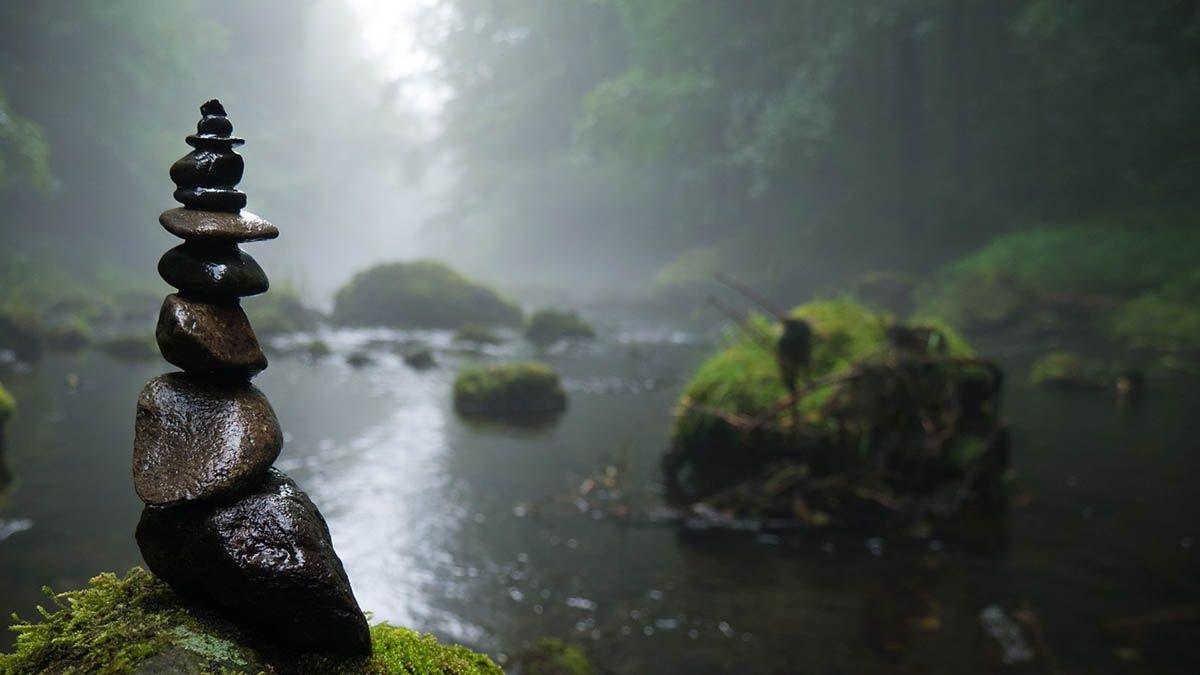 ruhende-steine-nebel