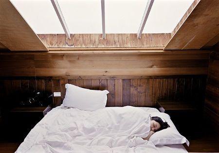 schlafen in grossem bett
