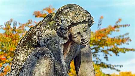 statue -schmerz-leiden
