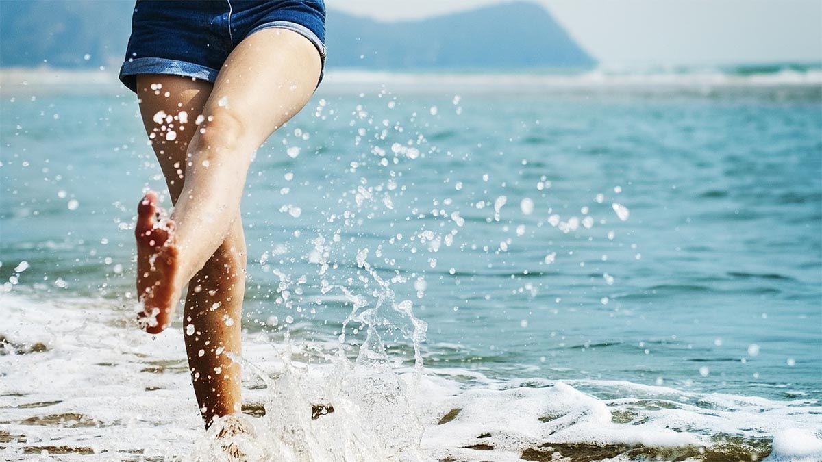 strand-spazieren-wellen