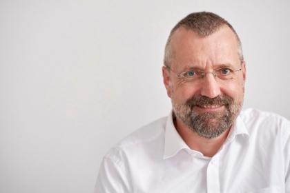 Hypnosetherapie und Workshops - Thomas Decker M.A. Heilpraktiker
